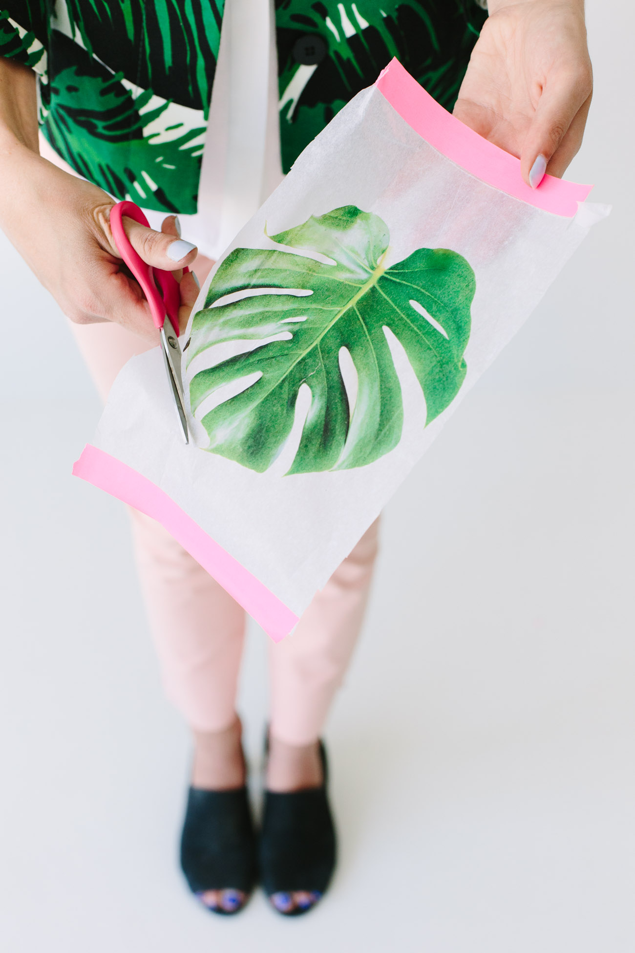 DIY-Palm-Leaf-Balloons-Step-2